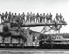 enemy artillery captured