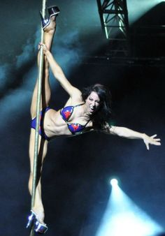 Pole Dance Ladies Pole Fitness Top /&Hot Pants Grey Graffiti POLE DYNAMIX