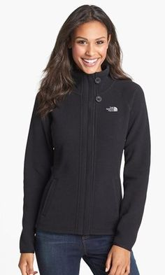 Nordstrom: The North Face Women's Full-Zip Fleece Jacket $63.75 Shipped (was $85)