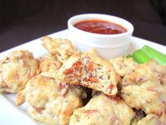 Vegan pizza poppers. The kiddos will love these.