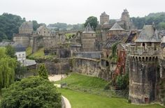 Places Around The World, Travel Around The World, Around The Worlds, Places To Travel, Places To See, Real Castles, Brittany France, France Photos, Wonders Of The World