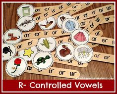 Phonics center: Free printable for making your own r-controlled vowel sticks. The self checking feature makes this activity perfect for literacy centers. R Controlled Vowels Activities, Vowel Activities, Dyslexia Activities, Teaching Phonics, Teaching Reading, Teaching Ideas, Kindergarten Reading, Guided Reading, Speech Therapy