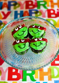 super cute ninja turtle cupcakes
