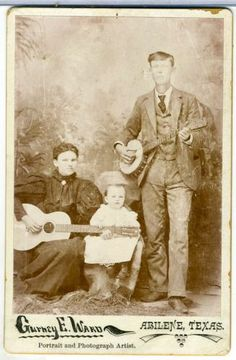 CABINET CARD- MAN WOMEN W/ GUITAR BANJO ABILENE TEXAS The family that plays together, stays together!