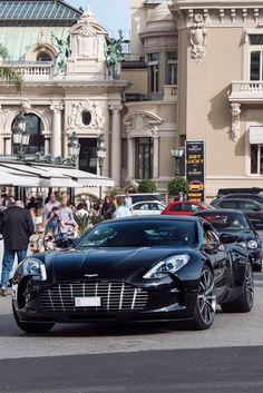 Aston Martin One-77.......