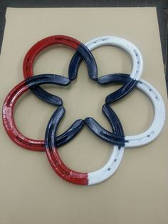 Horseshoe star red white and blue. by Turpinshorseshoes on Etsy Welding Art Projects, Welding Crafts, Metal Art Projects, Metal Crafts, Diy Welding, Welding Ideas, Blacksmith Projects, Welding Tools, Diy Tools