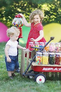 Sweet summer sessions! I have the Gum Ball Machine!! & so excited for my Summer mini sessions I have planned