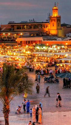 The Jamaa el Fna square in #Marrakesh, #Algeria