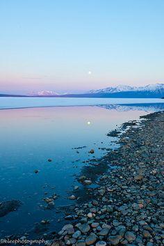 Kluane Lake, Yukon Territory   Flickr - Photo Sharing!