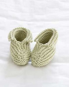 Whether you're beginner or advanced, you won't be able to stop making more once you craft a pair of these adorable baby booties.