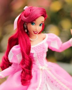 💖 #Disney #DisneyPrincess #DisneyStore #DisneyDolls #DisneyPrince #DisneyPhotos #DisneyToy #thelittlemermaid #ariel #PrincessAriel… Disney Barbie Dolls, Ariel Doll, Disney Princess Dolls, Disney Princess Ariel, Disney Magic, Disney Art, Disney Stuff, Disney Descendants, Disney Pixar Cars