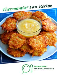 Recipe Latkes by ThermomixDinch, learn to make this recipe easily in your kitchen machine and discover other Thermomix recipes in Starters. Potato Dishes, Potato Recipes, Carrot Pasta, Potato Fritters, Quirky Cooking, Recipe Community, Appetisers, Main Meals, Tandoori Chicken