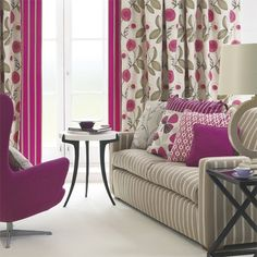 Contemporary style living room in charcoal grey orchid for Pink and purple living room ideas