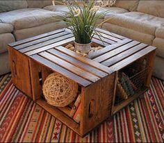 Mesa de centro con cajas de madera recicladas. Genial!