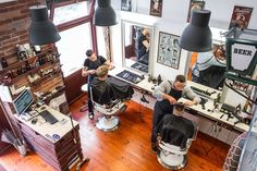 On the Grid :: Barber Shop Budapest, Jewish Quarter, Budapest