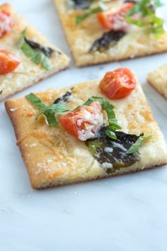 Tomato Basil Pizza With Sea Salt. Tomato Basil Pizza Recipe With Sea Salt. Pizza Recipes, Appetizer Recipes, Appetizers, Healthy Recipes, Veggie Recipes, Healthy Eats, Easy Recipes, Soup Recipes, Vegetarian Recipes