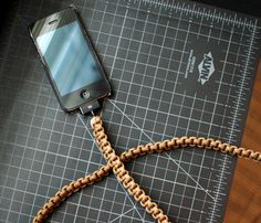 iPhone Paracord Cable.