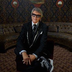 Tommy Tune in the TodayTix Tony Awards photo lounge at the O&M after-party at The Carlyle. Photo by Amy Arbus.
