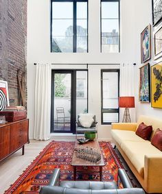 These 8 Super Small Nyc Apartments Are Beautiful Enough That I Would Abandon My 3 Bedroom Place Model Home Interior Design Deco Ny