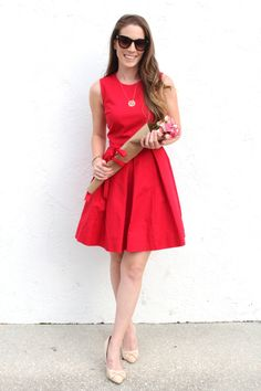 Lady in Red | thetrendyprofessional.com