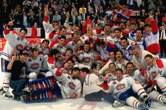 1993 Stanley Cup Champions: Montreal Canadiens - the last time we won - NEXT! Hockey Rules, Hockey Teams, Hockey Players, Ice Hockey, Team Pictures, Team Photos, Montreal Canadiens, Nhl, Montreal Hockey