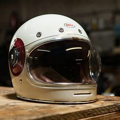 It is a male world - Cafe Racer - Motor Motorcycle Helmet Design, Cafe Racer Helmet, Motorcycle Style, Motorcycle Helmets, Motorcycle Accessories, Retro Helmet, Vintage Helmet, Custom Helmets, Custom Bikes