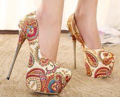 2016 de china del estilo nacional Flor de tacón alto de la mujer/mujer zapatos de plataforma del dedo del pie redondo de metal delgada grandes tacones altos zapatos de las bombas(China (Mainland))