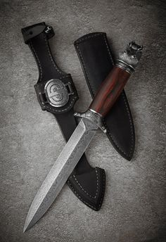 Pretty Knives, Cool Knives, Swords And Daggers, Knives And Swords, Dagger Knife, Throwing Knives, Knife Art, Knife Sheath, Fixed Blade Knife