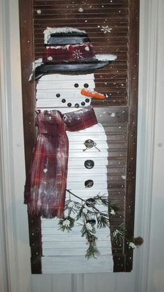 Snow man painted on an old shutter. - Snow man painted on an old shutter. Best Picture For shutters repurposed pictures For Your Taste - Christmas Wood Crafts, Snowman Crafts, Outdoor Christmas Decorations, Christmas Signs, Christmas Art, Christmas Projects, Holiday Crafts, Holiday Decor, Christmas Ideas