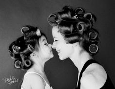 20 pictures of mothers and daughters as two drops of water