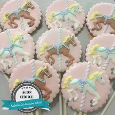 carousel cookies Circus Cookies, Baby Cookies, Baby Shower Cookies, Cute Cookies, Cupcake Cookies, Cupcakes, Carousel Cake, Carousel Party, Carousel Birthday