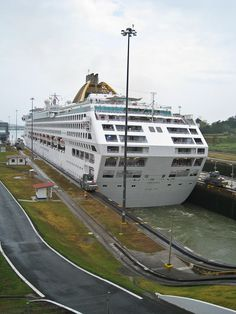Panama Canal Zone Locks to let boat traffic in and out Cruise Port, Cruise Travel, Cruise Ships, Panama Canal, Panama City Panama, Panama History, P&o Cruises, Amazing Places On Earth, Exotic Beaches
