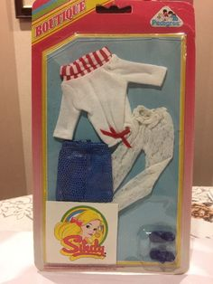 Pedigree Boutique 1986 Sindy Jumper, Tights, Skirt & Sandals - New On Card | 23+2.25