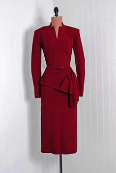 Dress 1940s Timeless Vixen Vintage. Wish I could find some dresses like this.