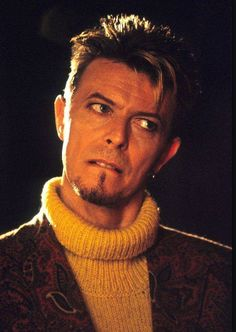 David Bowie - I'm Afraid of Americans video