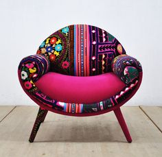 Smiley patchwork armchair pink love by namedesignstudio on Etsy Smiley patchwork armchair pink love by namedesignstudio on Etsy - Mobilier de Salon Funky Furniture, Unique Furniture, Shabby Chic Furniture, Furniture Decor, Painted Furniture, Furniture Design, European Furniture, Cheap Furniture, Luxury Furniture