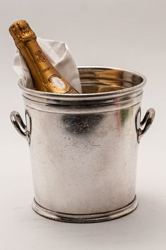 Nothing a bucket of champagne can't fix | www.packedparty.com #theoriginalpartygirl