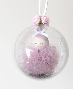 Best 12 These gorgeous little ladies are just perfect to hang on your Christmas tree or in your little ones room. Felt Christmas, Christmas Bulbs, Diy For Kids, Crafts For Kids, Deco Table Noel, Unicorn Ornaments, Clear Ornaments, Navidad Diy, Pom Pom Crafts