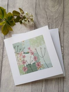 Textile art for you and your home. Freehand Machine Embroidery, Hand Embroidery Tutorial, Free Motion Embroidery, Machine Embroidery Applique, Embroidery Cards, Flower Embroidery, Fabric Postcards, Fabric Cards, Paper Cards