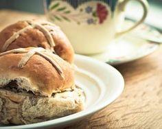 Hot cross buns (petites brioches irlandaises)