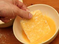 Tökéletes rántott sajt recept lépés 7 foto Cheese, Ethnic Recipes, Food, Essen, Meals, Yemek, Eten