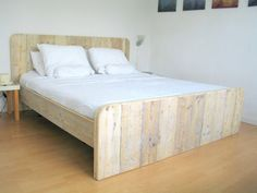 """Bauholz Bett """"erholzsam"""" von Erholzsam auf DaWanda.com"""