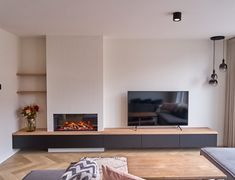 Living Room Decor Fireplace, Living Room Shelves, Home Fireplace, Living Room Remodel, Fireplace Design, New Living Room, Living Room Kitchen, Living Room Modern, Living Room Interior