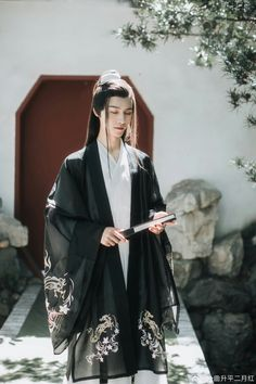 • Thập Quang Tán Vũ • Hanfu, Traditional Fashion, Traditional Dresses, Traditional Chinese Clothing Male, Oriental Fashion, China Fashion, Chinese Style, Clothes, Chinese Outfit