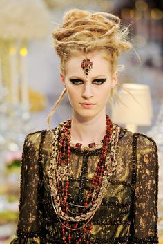 Chanel pre-autumn/winter 2012-13