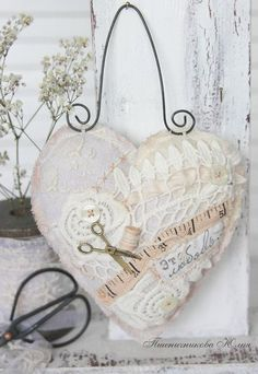 """Fair Masters - handmade heart in vintage style """"Sweet home"""". Lace Heart, Heart Art, Valentine Heart, Valentines, Sewing Crafts, Sewing Projects, Fabric Hearts, I Love Heart, Quilt Festival"""