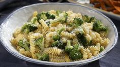 """Fusilli with Garlicky Broccoli (Only the Best for My Wolfie!) - Valerie Bertinelli, """"Valerie's Home Cooking"""" on the Food Network. Broccoli Recipes, Pasta Recipes, Salad Recipes, Fusilli Recipes, Broccoli Dishes, Pasta Meals, Risotto Recipes, Best Chicken Recipes, Top Recipes"""