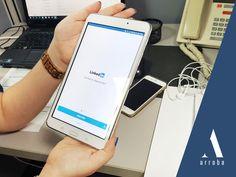 ¿Sabías que puedes promover tu marca a través de LinkedIn? Te decimos cómo. 787-834-7200. #ArrobaPR #LinkedIn