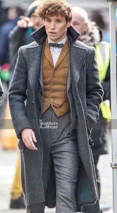 Fantastic Beasts The Crimes Of Grindelwald Eddie Redmayne Coat Newt Scamander Coat, Newt Scamander Cosplay, Eddie Redmayne Fantastic Beasts, Colleen Atwood, Hufflepuff Pride, Best Winter Coats, Man Suit, Cute Coats, New Star