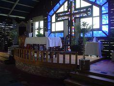 Presbiterio, Iglesia La Milagrosa, Damajagua.  Taken in 2005, by Nancy.
